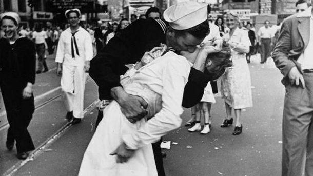 ВСША скончалась медсестра-символ окончания 2-ой мировой войны