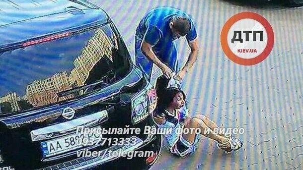 ВКиеве неизвестные похитили семейную пару ипопали навидео— Беспредел по-украински