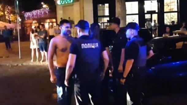 Всех полицейских наказали