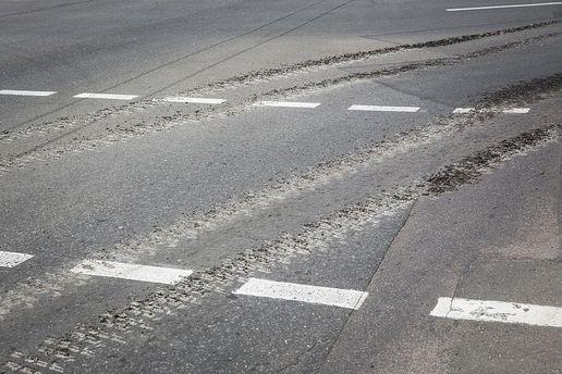 Порошенко: Строительство дорог будет одним изприоритетов бюджетного снобжения деньгами