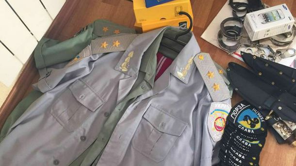 Шахраїв з генеральськими погонами викрили у Києві