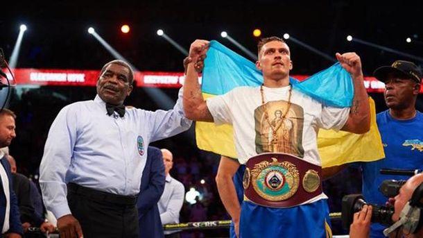 Украинский боксер Александр Усик стал чемпионом мира по версии WBO