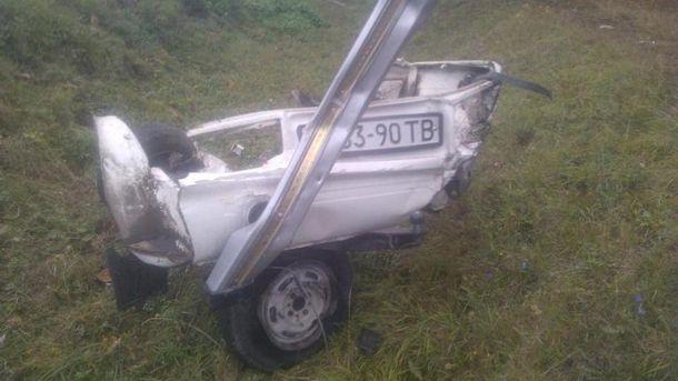 Кусок машины после аварии