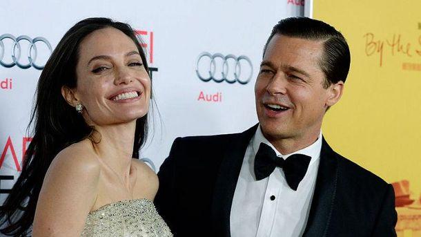 Анджеліна Джолі і Бред Пітт подали на розлучення