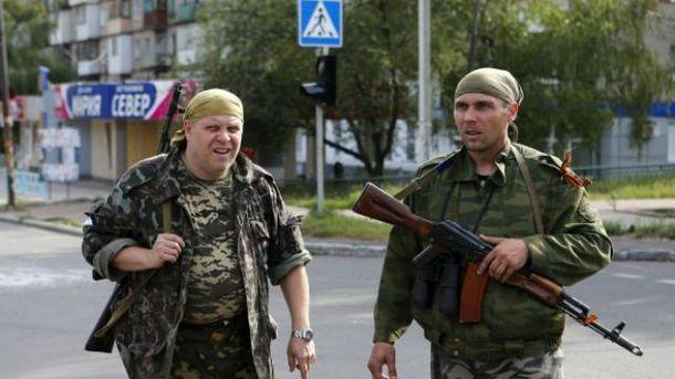 Российская Федерация перебросила под Мариуполь фургоны иавтобус с военнослужащими - ГУР