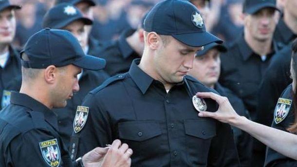 Полиция будет патрулировать места массового скопления людей, в том числе Верховную Раду
