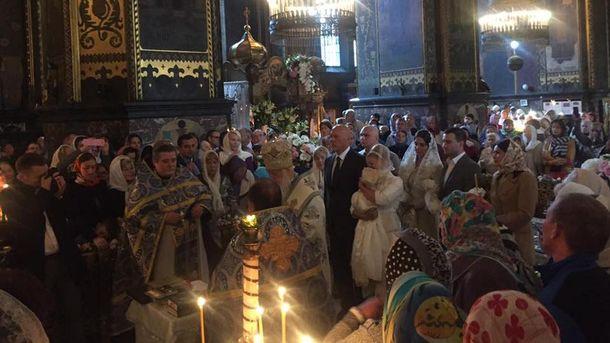 Тимошенко на крестинах внучки