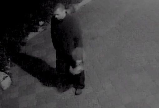 Полиция разыскивает мужчину