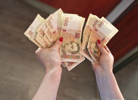 Курс валют НБУ на 22 сентября гривна продолжает сдавать позиции