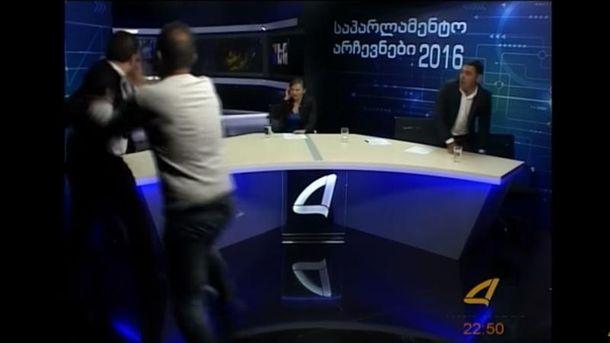 Кандидати в депутати побились в прямому ефірі