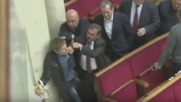 Гончаренко подрался с нардепами от