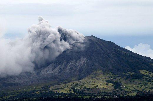Извержение вулкана Турриальба в Коста-Рике
