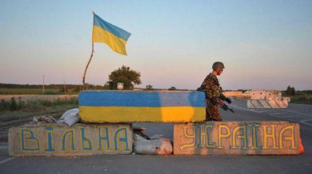 Бойовики безперервно обстрілюють українські позиції