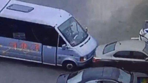 Водитель маршрутки пытался помешать убежать преступнику с места убийства полицейских в Днепре