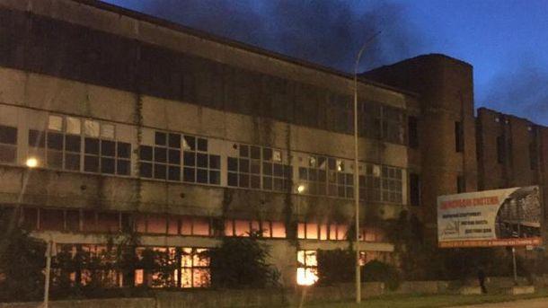 В Ужгороде горел завод