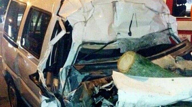 Шоферу оторвало голову вкровавом ДТП под Киевом