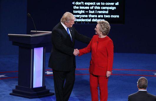 Клінтон  покепкувала над Трампом
