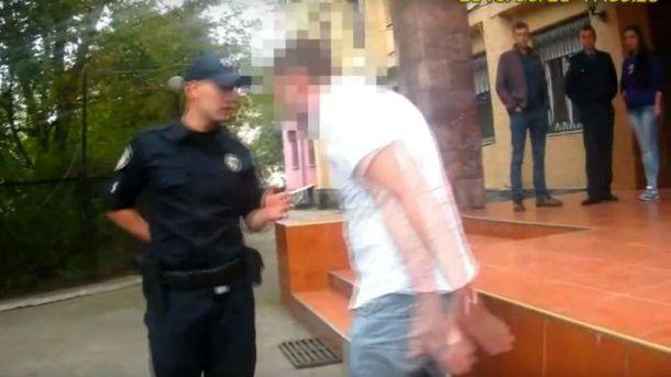 ВУжгороде патрульные задержали нетрезвого сотрудника управления юстиции