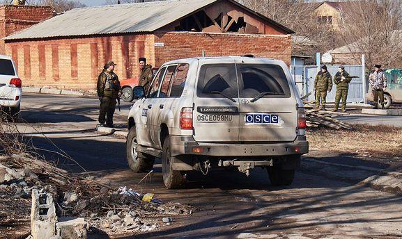 Спостерігачі ОБСЄ знову скаржаться на міни вЩасті