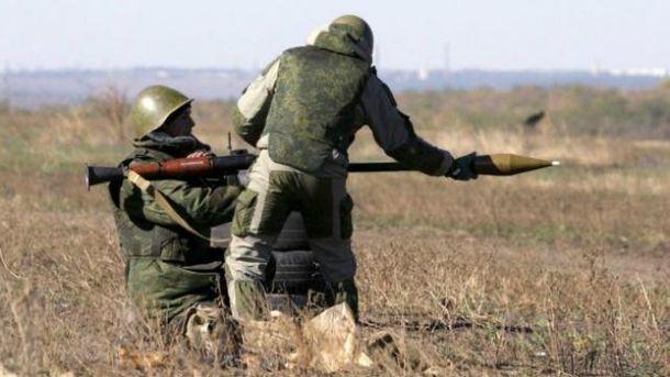 После разведения войск боевики открыли огонь из гранатометов