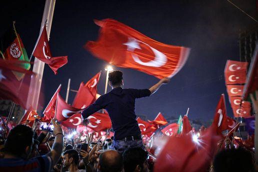 Ердоган хоче щенатри місяці продовжити режим надзвичайного стану вТуреччині