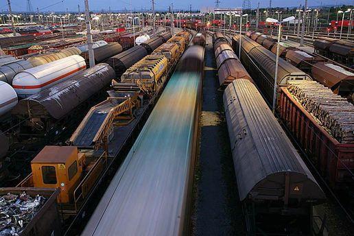 Недостаток зерновозов доходит тысяча вагонов всутки— «Укрзализныця»