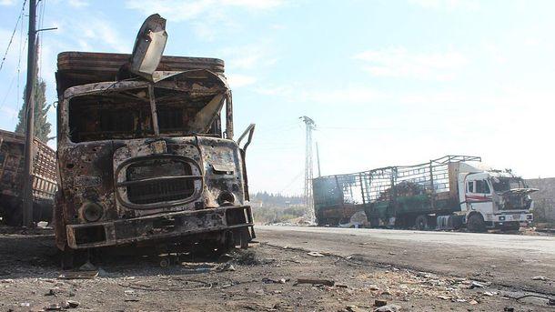 Последствия обстрелов гуманитарного конвоя