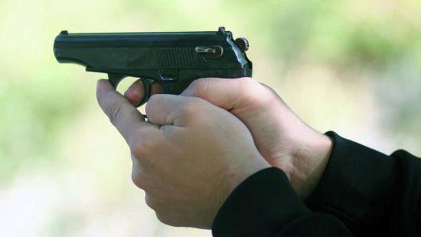 Мужчине выстрелили в затылок