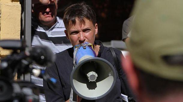 Соцмережі: Українські військові непустили Савченко назустріч із Захарченком