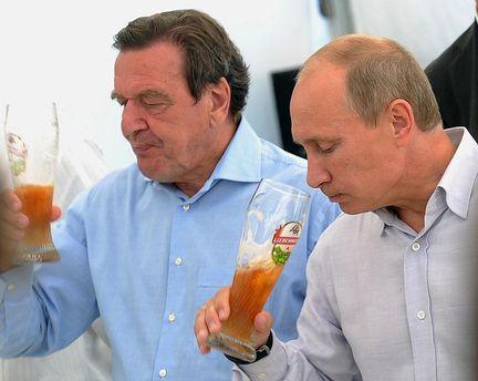 Герхард Шредер и Владимир Путин: