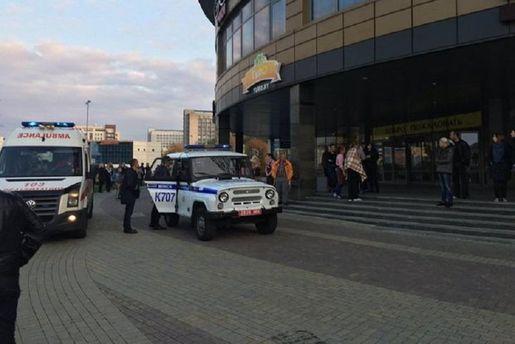 В коммерческом центре Минска неизвестные сбензопилой и тесаком напали на клиентов