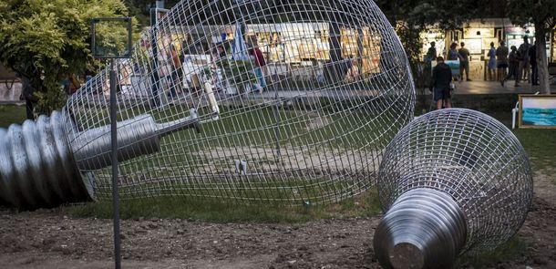Пам'ятник блекауту в Ялті