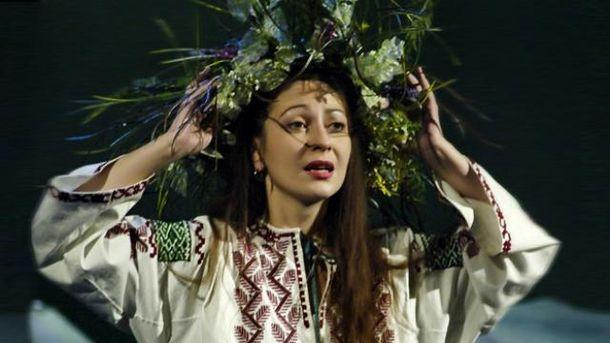 Встоличном театре попрощались сартисткой Оксаной Батько-Нищук