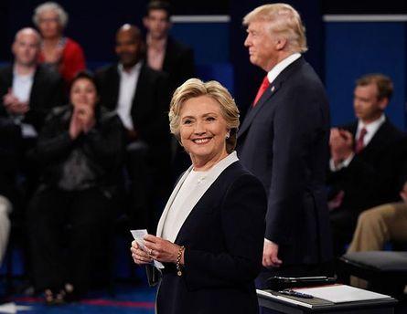 Дебаты Трампа иКлинтон покажут в кинозалах США
