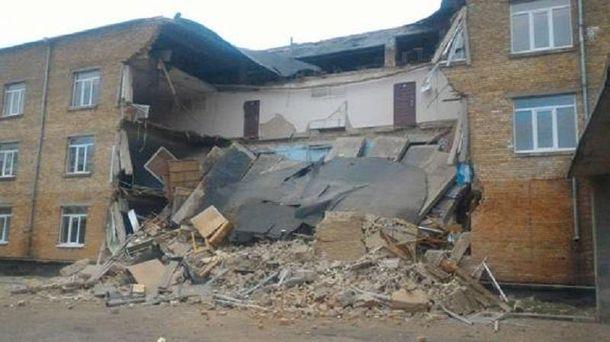 Обвалом школи у Василькові зайнялася поліція
