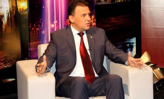 Михайло Рівіс