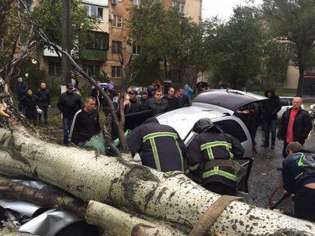 Шторм вбив ще одну людину в Одесі