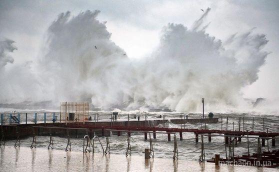 ВОдессе из-за шторма затонуло два судна