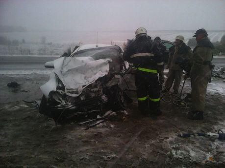 Смертельное ДТП вВинницкой области: столкнулись Mercedes и Дэу Lanos