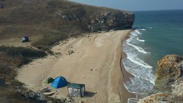 Пляж в окупованому Криму