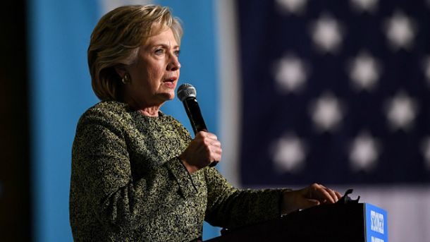 Клинтон уже существенно опережает Трампа