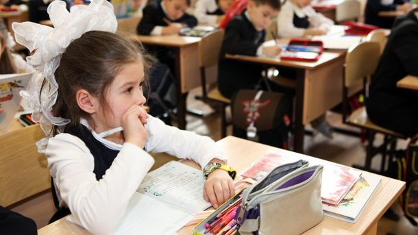Путін навчатиме російських школярів