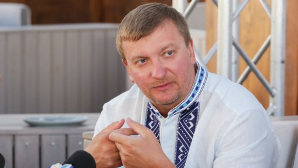 Петренко посетовал, что шесть раз потерял е-декларацию