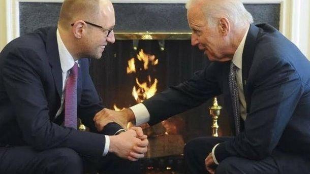 Яценюк обсудит сБайденом вопрос освобождения политзаключенных вРФ