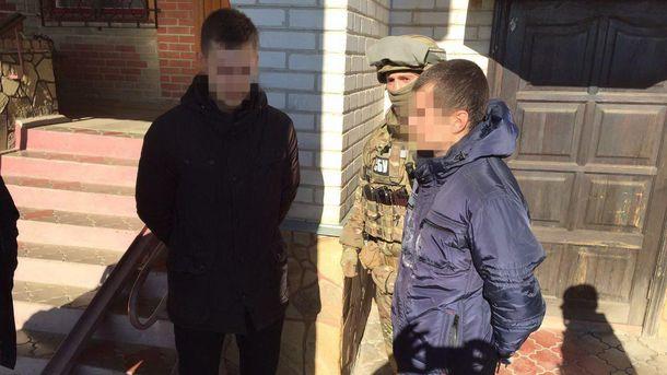 Взоне АТО словили навзятке майора милиции