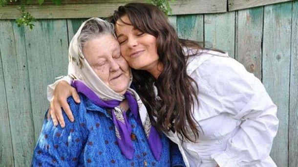 Бабушка Наташи Королевой решила уехать из Украинского государства