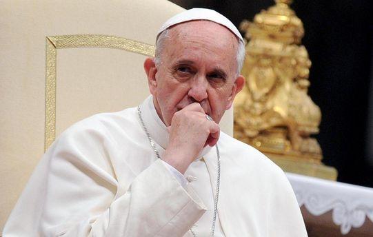 Папа Римский считает, что женщины небудут священниками. Никогда!