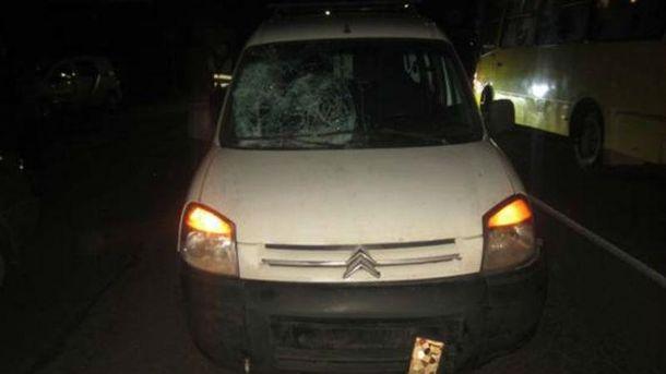 ВКиевской области 20-летняя девушка два раза угодила под авто