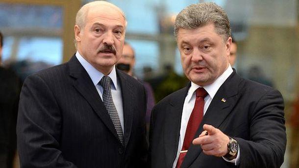 Порошенко извинился перед Лукашенко заинцидент ссамолетом «Белавиа»