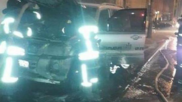 Неизвестные бросили «коктейль Молотова» вмашину лидера одесского «автомайдана»